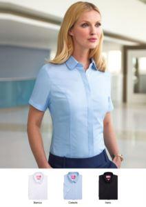 Camicia per la divisa elegante in colore bianco, celeste, nero, in poliestere, cotone ed elastane. Ottieni un preventivo gratuito.