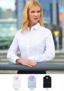 Camicia elegante da donna, tessuto poliestere, cotone ed elastane, modello semi-fit. Ideale per receptionist, hostess, hotellerie.