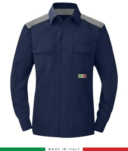 Camicia trivalente bicolore, chiusura con bottoni a pressione, due tasche sul petto, inserti colorati su spalle e interno collo, certificata EN 1149-5, EN 13034, UNI EN ISO 14116:2008, colore blu navy/grigio