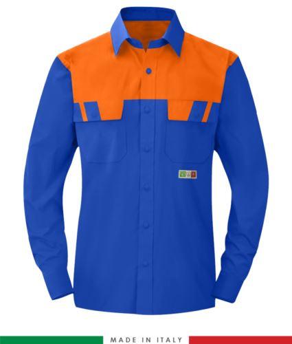 Camicia trivalente bicolore, maniche lunghe, due tasche sul petto, Made in Italy, certificata EN 1149-5, EN 13034, EN 14116:2008, colore azzurro royal/arancione