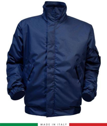 Giaccone antistatico must, chiusura anteriore con cerniera, collo chiuso, maniche con elastico, colore blu navy. Certificato UNI EN ISO 342:2004, EN 1149-5, EN 13034, UNI EN ISO 14116:2008, EN 14058