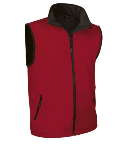 gilet in soft shell a zip lunga in poliamide ed elastane e fodera in micropile. Colore rosso.