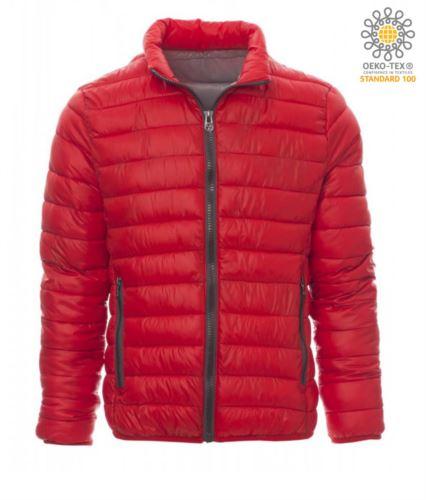 Giubbetto imbottito in nylon con imbottitura effetto piuma, interno e finiture in contrasto. Colore: Rosso e Grigio