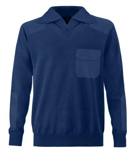 Maglione uomo collo alto, zip corta, toppe spalle e gomiti, taschino con patella, tessuto 100% acrilico, colore blu navy