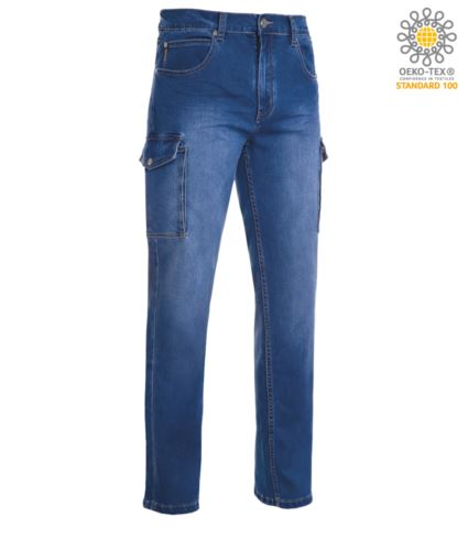 Pantaloni da lavoro in jeans multitasche in tessuto denim stretch. Colore blu chiaro
