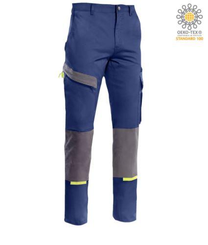 Pantaloni multitasche bicolore, possibilità di inserimento ginocchiera, dettagli in contrasto. Colore blu/grigio