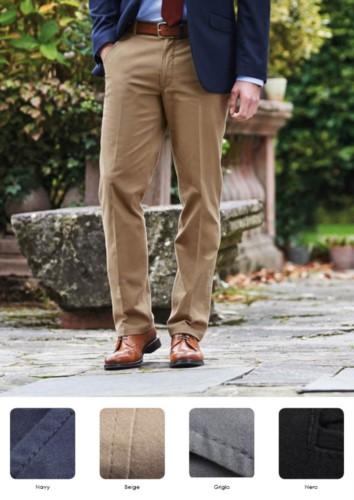 Pantalone elegante uomo modello dal taglio classico, tasche laterali, in tessuto cotone ed elastane. Ottieni un preventivo gratuito.