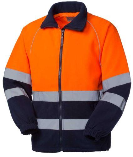 Pile bicolore ad alta visibilità, chiusura con zip, doppia banda rifrangente al giro torace e alle maniche, certificato EN 20471, colore arancione/blu
