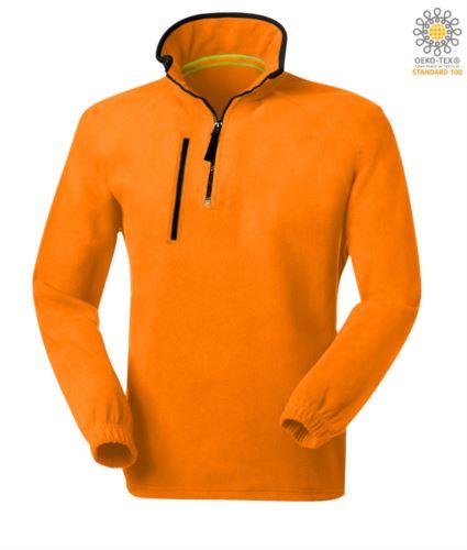 Pile zip corta, due tasche con un taschino chiuso con zip. Colore: Arancione
