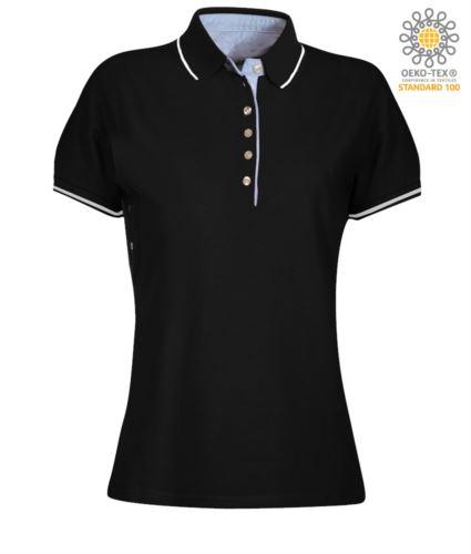 Polo da donna manica corta bicolore, interno collo e fessino in Oxford celeste, colletto e maniche con dettaglio in contrasto. Colore Nero / Bianco