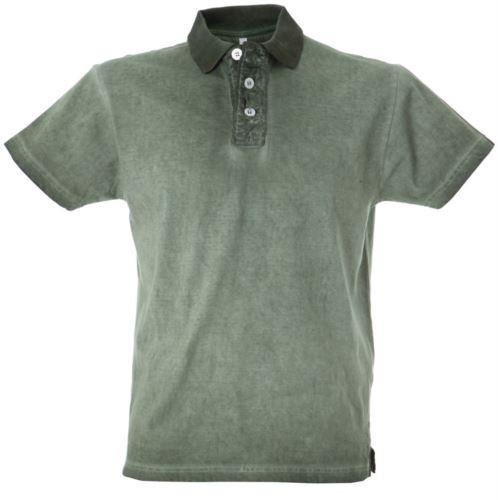 Polo maniche corte in jersey, chiusura tre bottoni, colletto in rib, fessino stropicciato, tessuto 100% cotone pettinato, colore verde