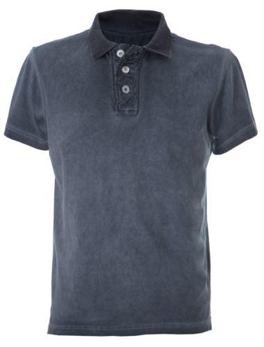 Polo maniche corte in jersey, chiusura tre bottoni, colletto in rib, fessino stropicciato, tessuto 100% cotone pettinato, colore blu navy