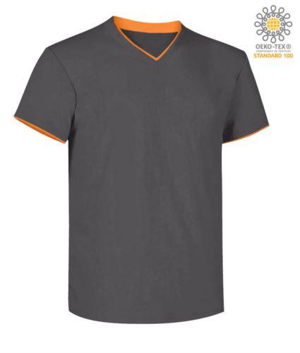 T-Shirt manica corta scollo a V, colletto interno e fondo manica in contrasto, colore grigio scuro e arancione