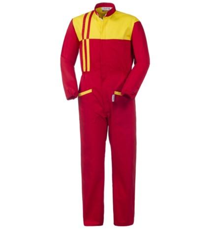 Tuta da lavoro multitasche intera, bicolore con chiusura con cerniera coperta, collo alla coreana, colore rosso e giallo.