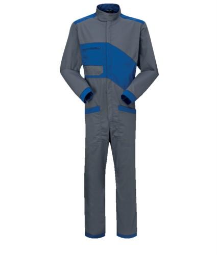 Tuta da lavoro bicolore, chiusura con cerniera e collo alla coreana, taschino sul petto e tasche sulle gambe di colore grigio e azzurro